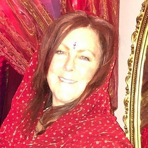 Catherine Mitchell, Facilitator at the MAWB Outdoor Meet Up - Founder of  Remember Reclaim & Revere the Sacred Feminine with SHE:Initiationf
